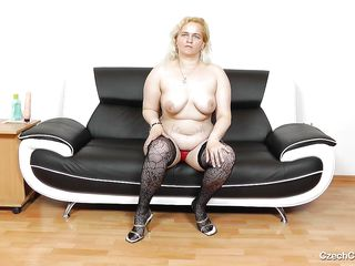 ready czech bitch masturbating