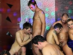 Beefy anal bisexual orgy